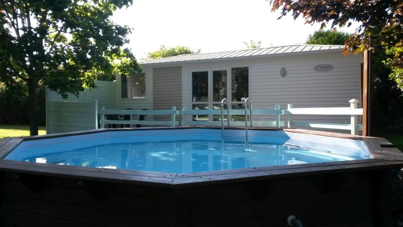 Cottage with individual pool