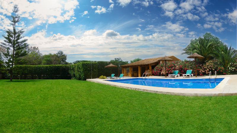 Son Llaneras Villa next to Es Trenc Beach.