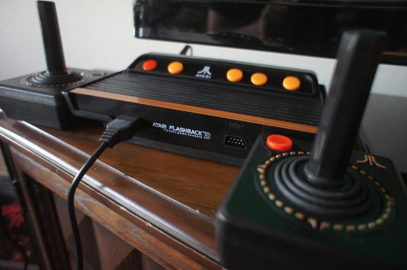 Atari Flashback with 60 preloaded games