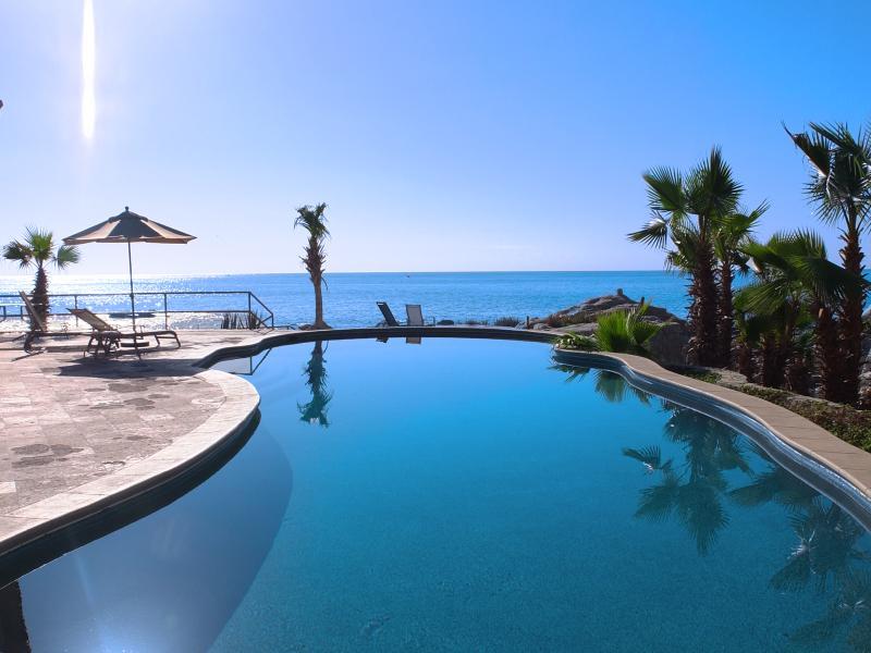 Santa Carmela community beach pool