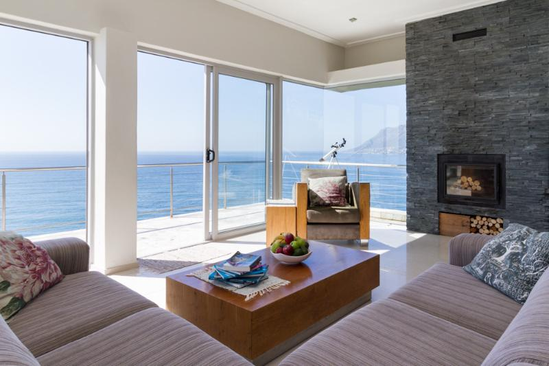 Oceans Echo Luxury Self Catering  Accommodation,  Fish Hoek, holiday rental in Cape Town
