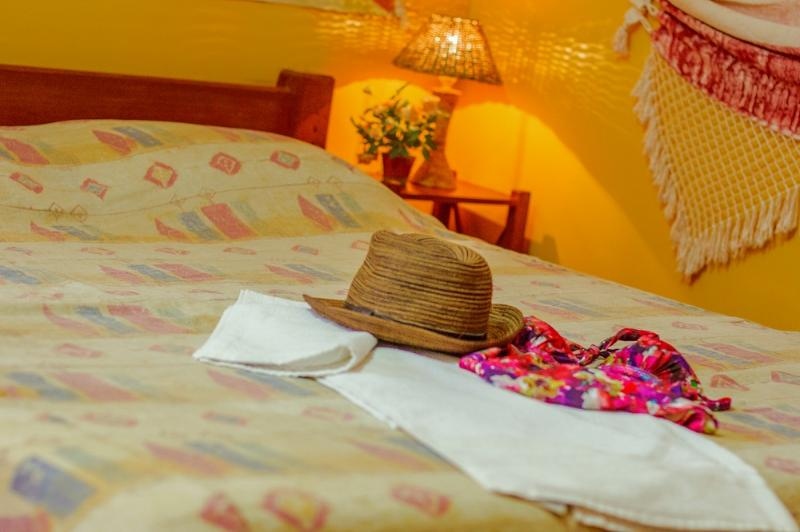 Serviced apartment in BARRA, ideal Location, Wi-Fi, location de vacances à Salvador