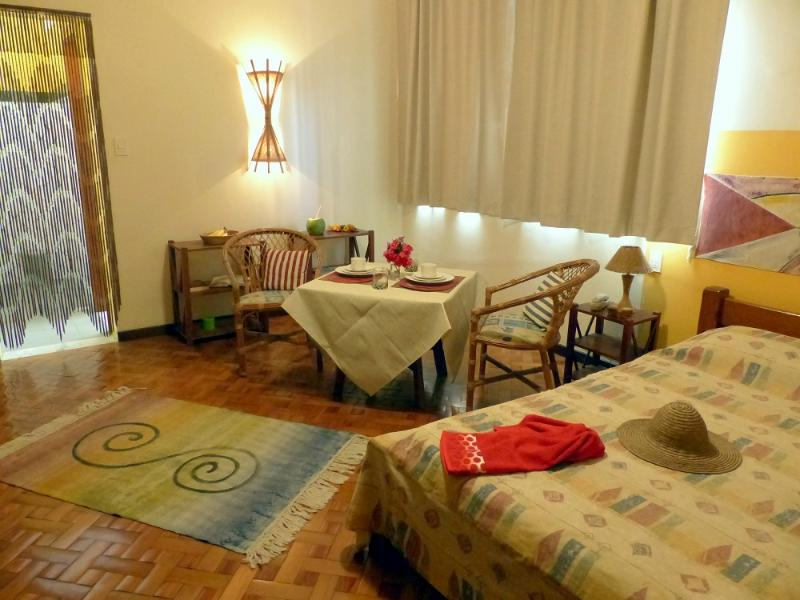 One of our atmospheric apartmentswith individual kitchen, bathroom, ar, Wi-Fi, Sky, LED-TV, cofre