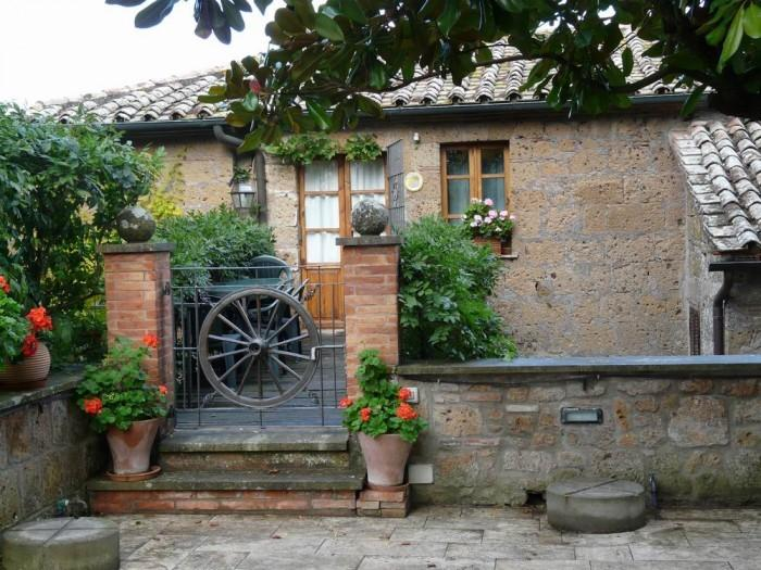 Stunning lodging in a castle -corsetto,swimming pool,restaurant,free Wi-Fi,quiet, holiday rental in Pratolungo