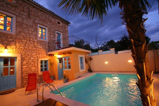 Villa with Pool in Kvarner Bay, aluguéis de temporada em Crikvenica
