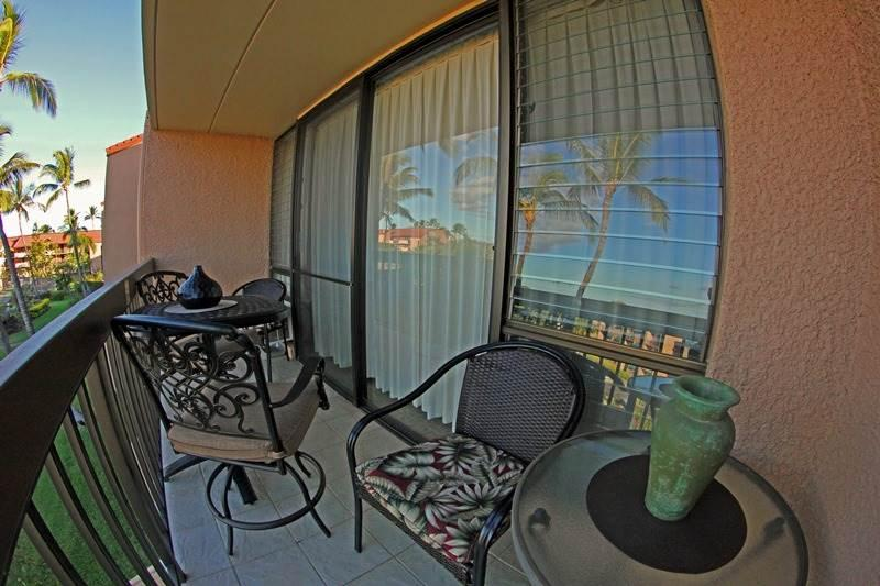 Balcony,Couch,Furniture,Chair,Building