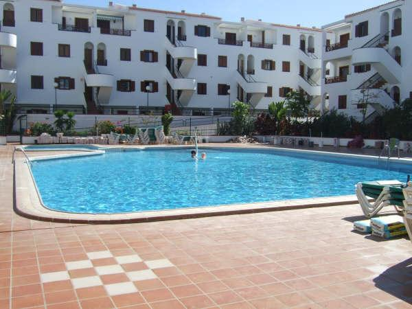 Ground Floor Apartment Victoria Court 2, Los Cristianos, holiday rental in Los Cristianos