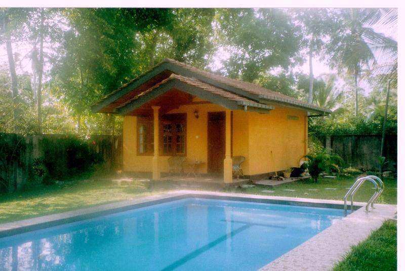 Cinnamon Lodge, holiday rental in Hikkaduwa