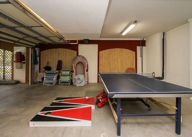 Garage Game Area
