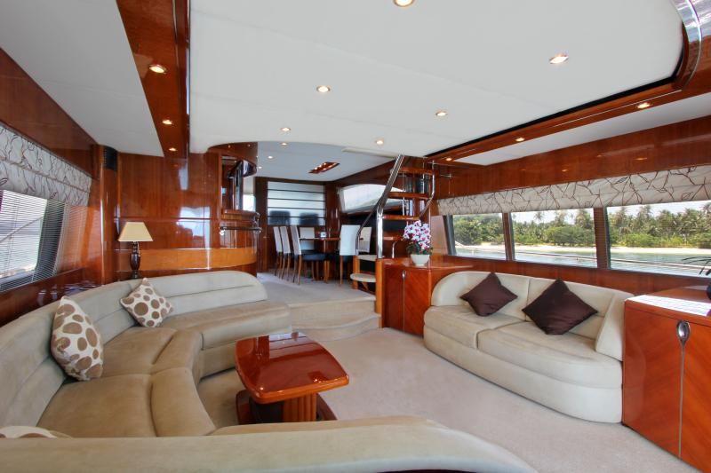 Fully equipped and spacious, with WiFi internet, and a 2000+ movie media system