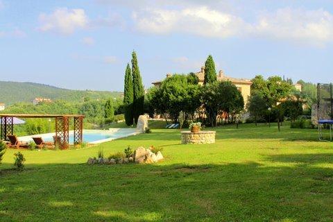 VILLA LE MACEE, Ferienwohnung in Romazzano