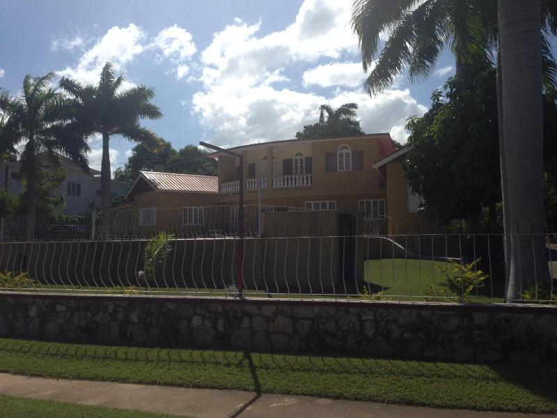Villa Windy Way, location de vacances à Montego Bay
