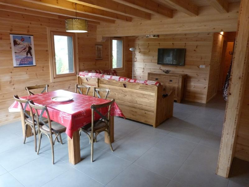 Morzine - Appartement 6/8 pers. dans chalet neuf, holiday rental in La Cote-d'Arbroz