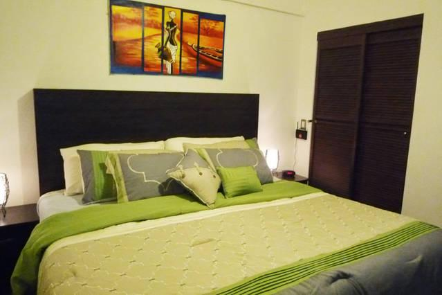Modern Apartment, holiday rental in Granada