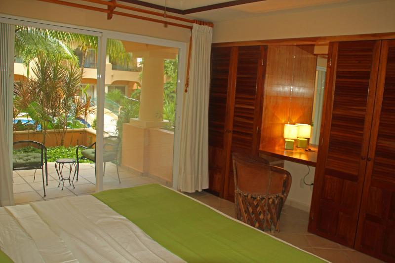 Gasten slaapkamer met kingsize bed of twee aparte bedden