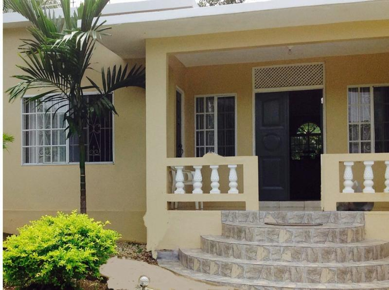 Near Montego Bay Sun Haven Vacation Home, Hopewell, Hanover