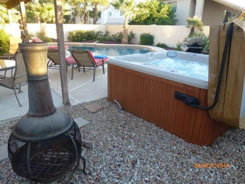 Aster Chiminea, Hot Tub and Heated Diving Pool