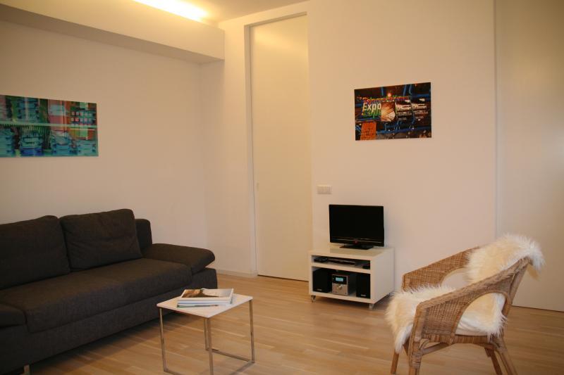 Modernes City Apartment - Berlin Kudamm, vacation rental in Berlin