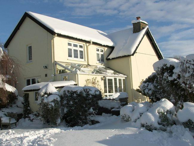 Escape during the winter to this cosy cottage