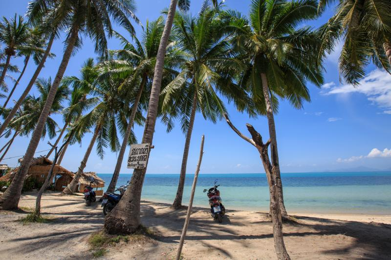 Ban Tai Beach: Postcard perfect!