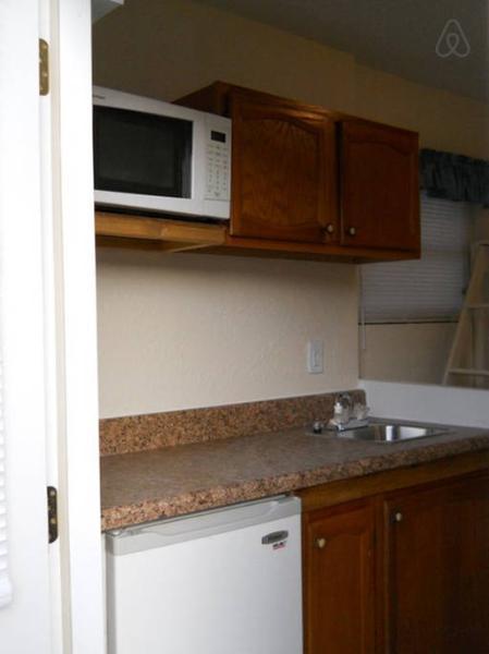 Eff-Apt-Mini kitchen