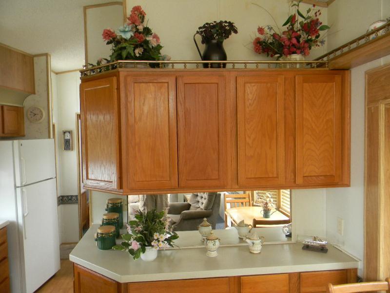lot 5 kitchen