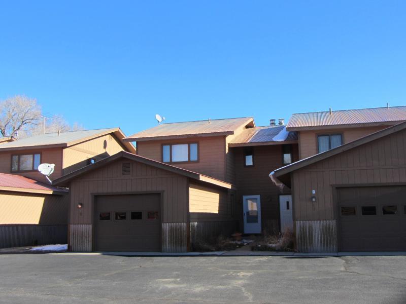Sunny condo near golf course, vacation rental in Gunnison