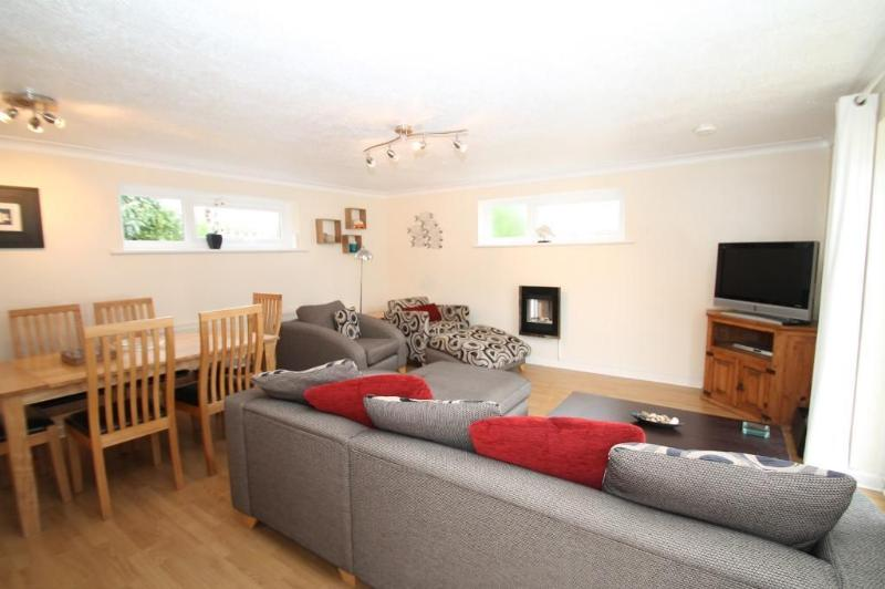 COMFORTABLE MODERN PROPERTY - with everything you could need.  Lounge area with large flat screen tv