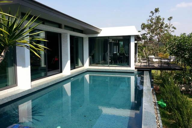 Modern villa with pool in Khao Yai, casa vacanza a Nakhon Ratchasima Province