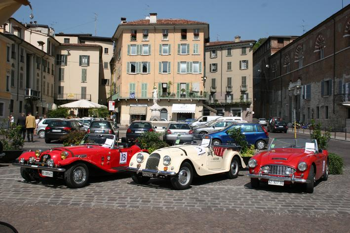 vintage cars in Brescia for the Millemiglia (35 km from Lonato)