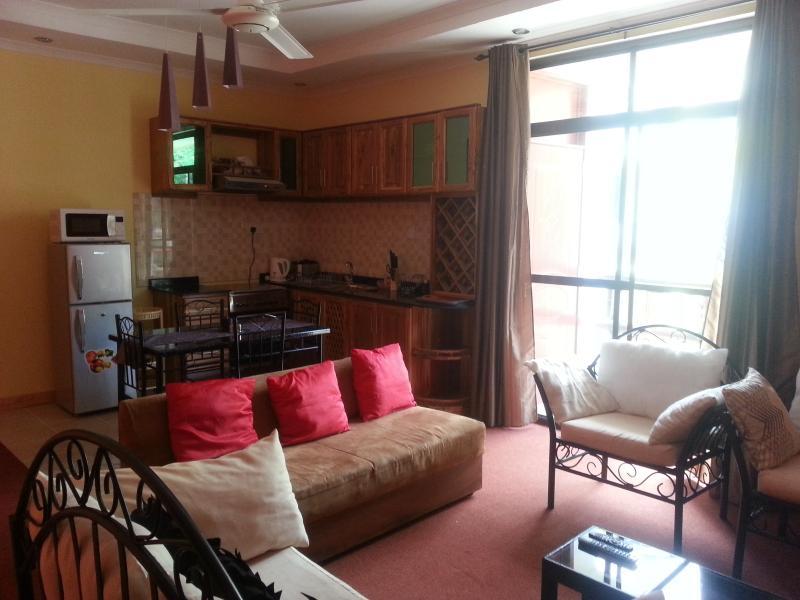 Nice & Clean 1 bedroom apartment, location de vacances à Dar es Salaam