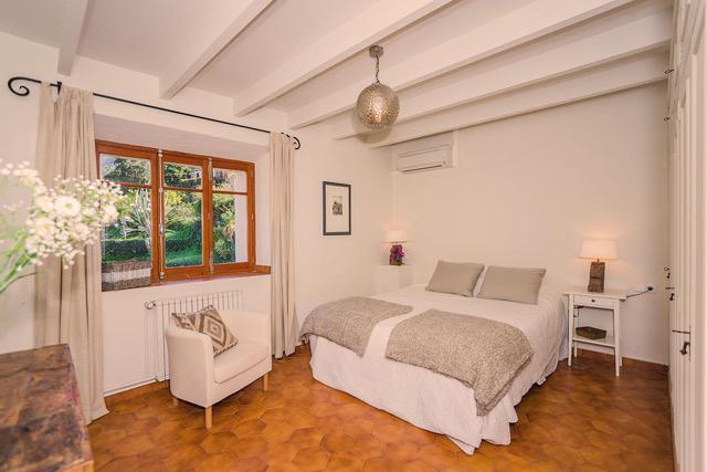 bedroom 3 with ensuite bathroom