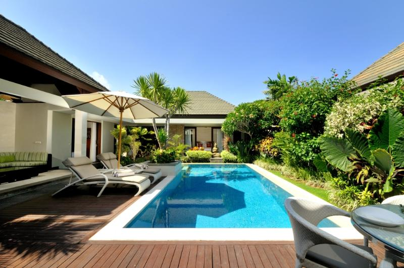 Luxury Beachfront Complex : KEJORA VILLA 7: Hosted by Cool Bali Villas, location de vacances à Sanur