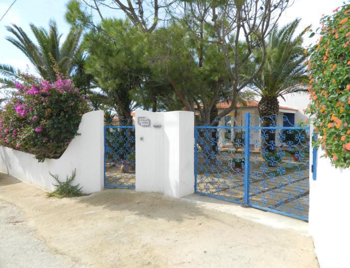 villa entrée Sara