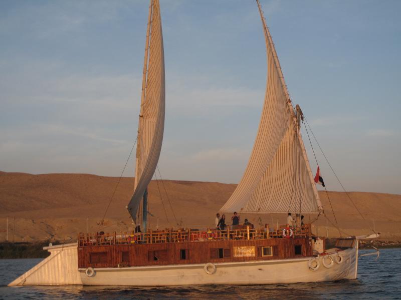Amélia,  Voile sur le Nil,  Croisière a la voile pour découvrir l'Egypte, casa vacanza a Luxor