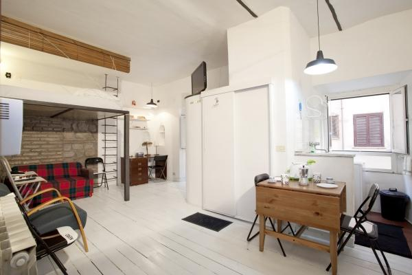 CR300 - Secluded Lovenest Chalet in Rome