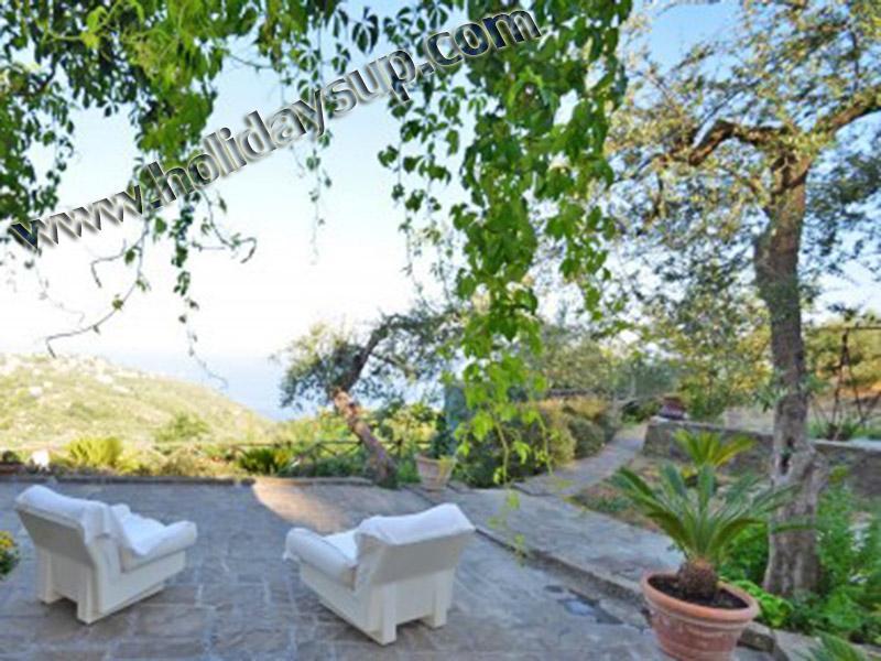 Sorrento semester villa amolu upp uteplats och trädgård koppla av punkt ligger i sant'agata sui due golfi