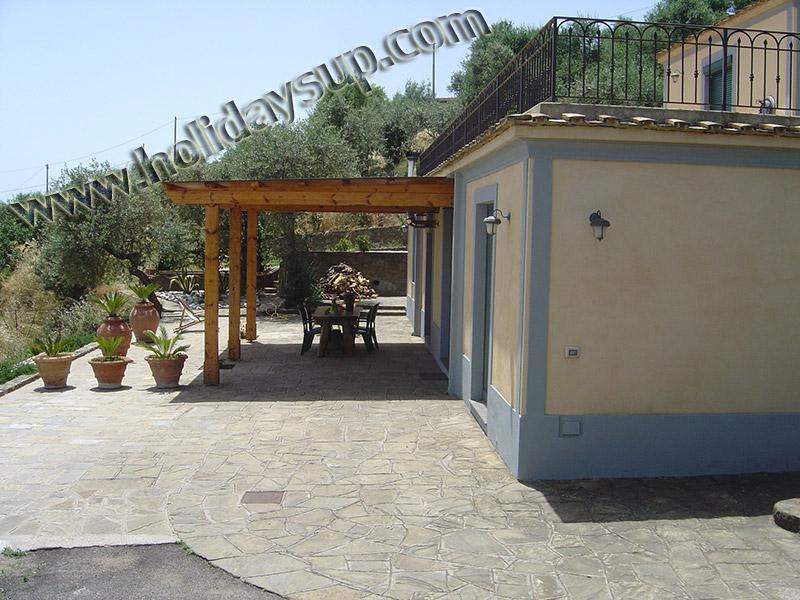 Sorrento villas bokning holiday rentals amolu guest house med uteplats utanför och swimmingpool vrbo