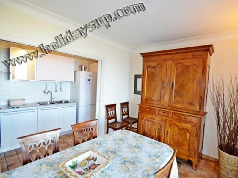 Villa matsal och kök weel utrustade för ditt boende i amalfi-kusten med privat pool