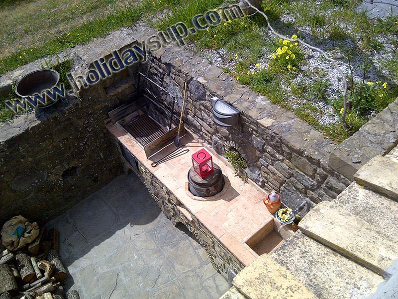 Villa Amolu utanför trädgårdsmöbler bbq Grill område sorrento holidayrentals bokning sorrentocoast