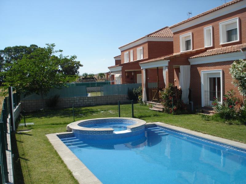 Aragoneses 18, vacation rental in Camarena