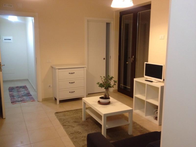 Living room-tv-internet
