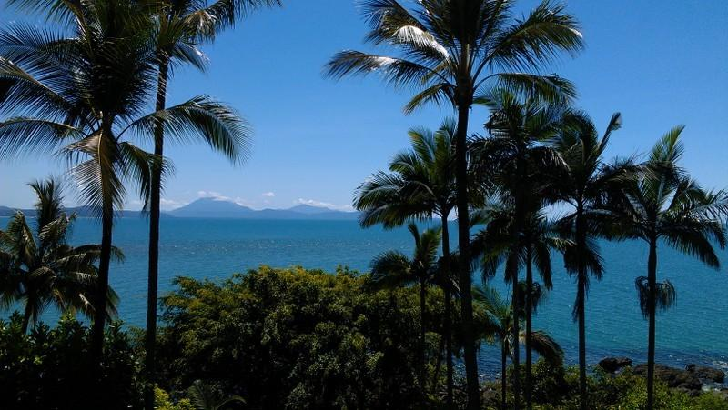 View from the upstairs balcony over the Coral Sea to the Daintree River