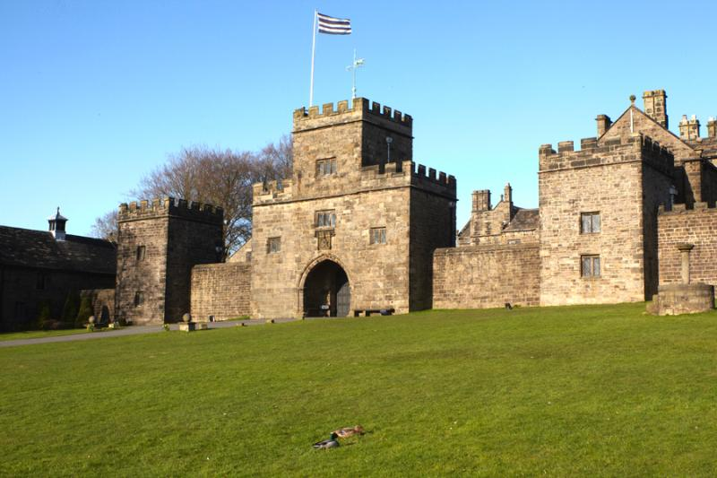 Irishman's Tower at Hoghton Tower, holiday rental in Clayton-le-Dale