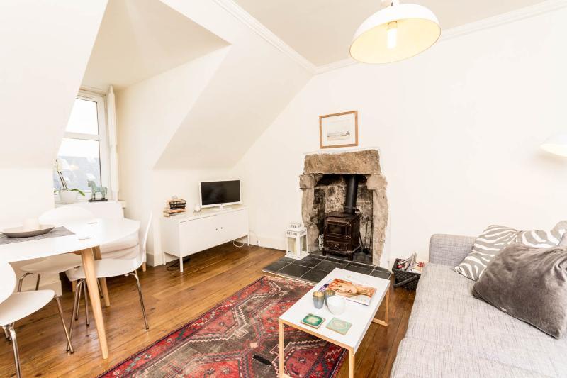 Stylish New Town, attic flat,  city centre, alquiler de vacaciones en Edimburgo
