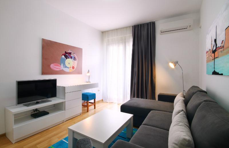 Aquamarine - Two Bedroom Apartment with Balcony, vacation rental in Budva