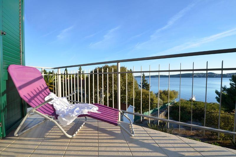 Une fois lorsque vous sortez sur le balcon vous pourriez passer toute la journée juste à regarder la mer Adriatique.