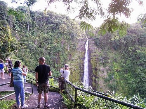 Visiting Akaka Falls