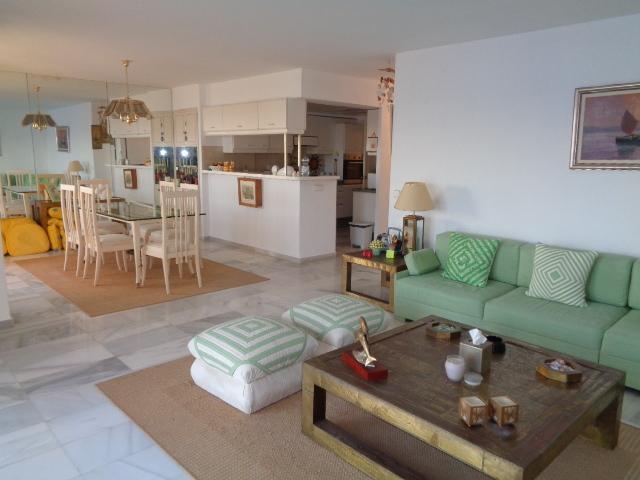 Lounge & Kitchen View