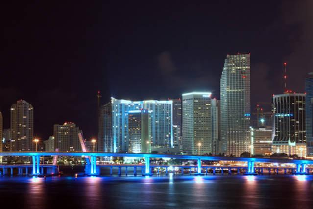 THE APARTMENT IS LOCATED AT THE LIGHT UP BLUE BUILDING AT THE CENTER RIGHT ( One Miami Condo)